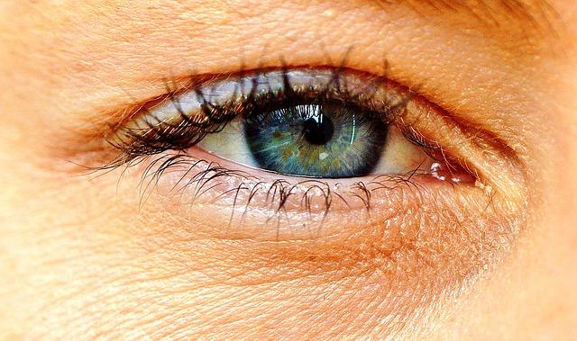 šedé oko