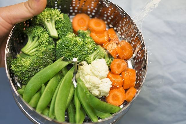 pára v zelenině